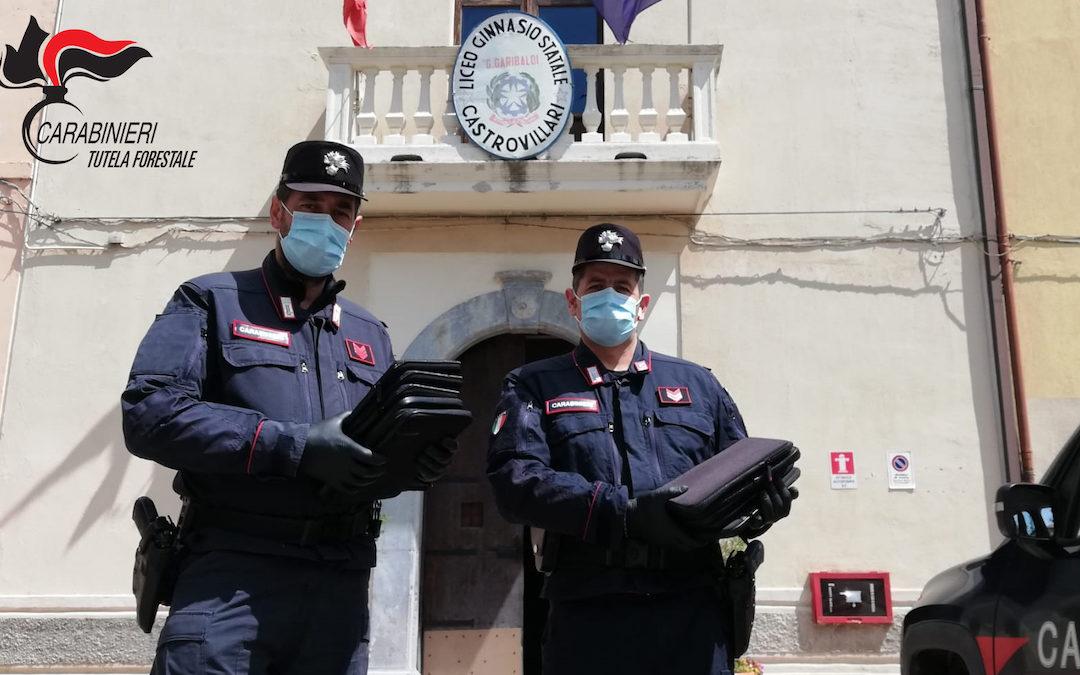 Coronavirus, tablet e computer distribuiti dai carabinieri agli studenti di Castrovillari – VIDEO