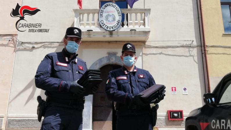 Coronavirus, tablet e computer distribuiti dai carabinieri agli studenti di Castrovillari - VIDEO
