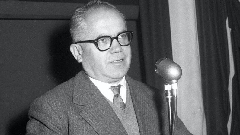Lezione ai giovani per la ricostruzione dell'Italia I grandi uomini di cui oggi ha bisogno il Paese: Giulio Pastore