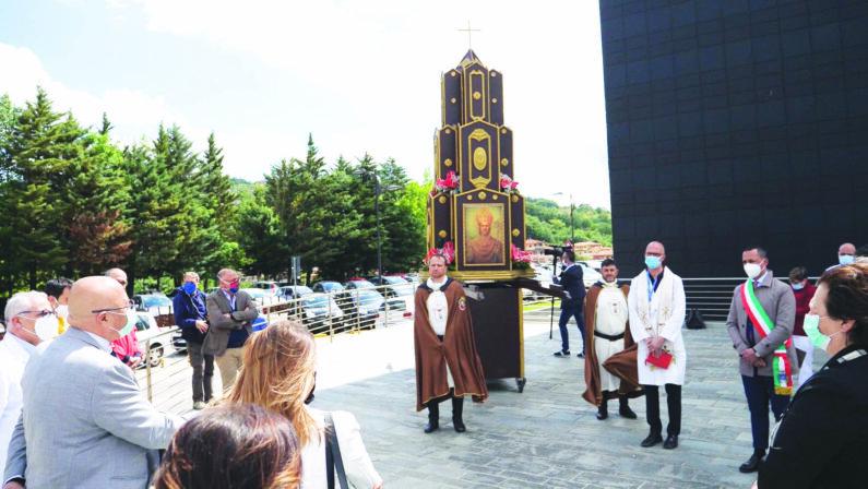 San Gerardo, festa in tono minore. Sabato prevista una messa in piazza Prefettura