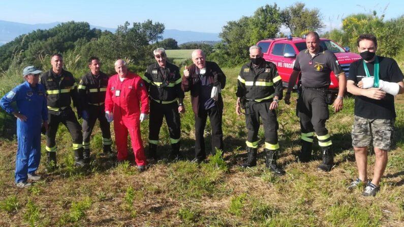 Precipita col parapendio nel Vibonese, lo salvano i vigili del fuoco