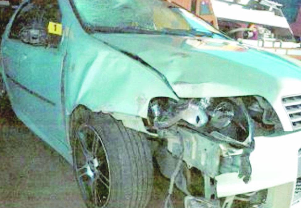 L'auto di Salvatore Laspagnoletta danneggiata dopo gli scontri di Vaglio durante i quali ha perso la vita Fabio Tucciariello