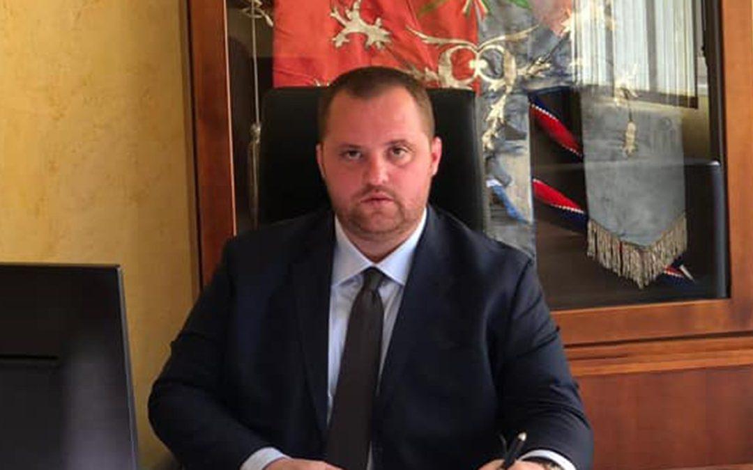 Il sindaco Raffaele Scaturchio