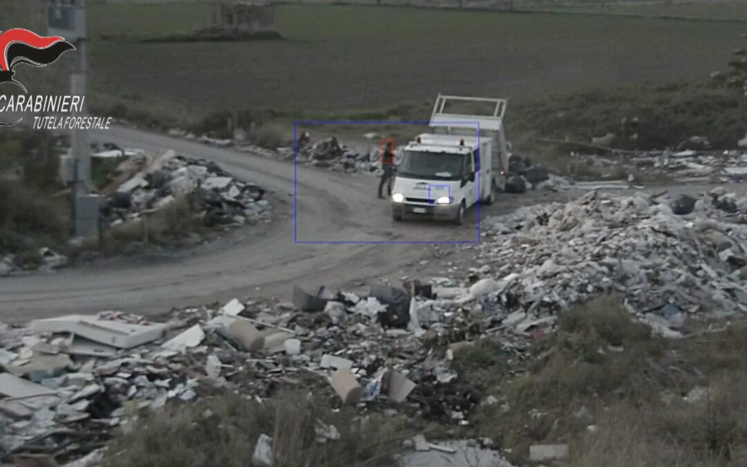 Afragola: imprenditore beccato dalle telecamere a smaltire rifiuti in strada