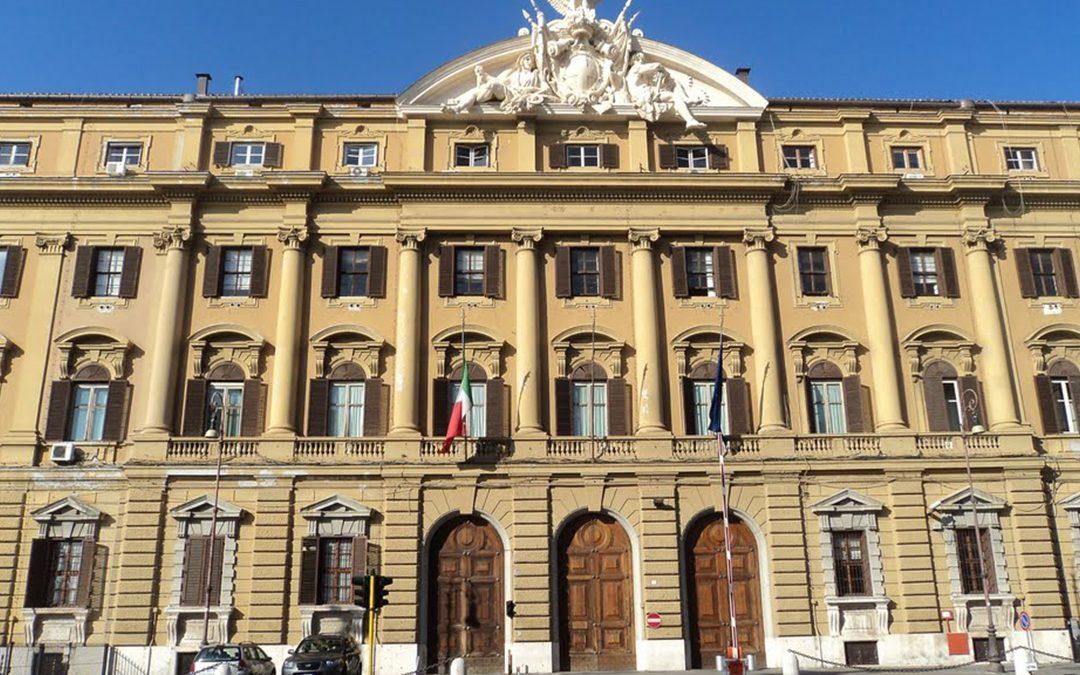 L'editoriale di Roberto Napoletano l'ALTRAVOCE dell'ITALIA NON CI SALVA IL PADRONCINO DI STATO