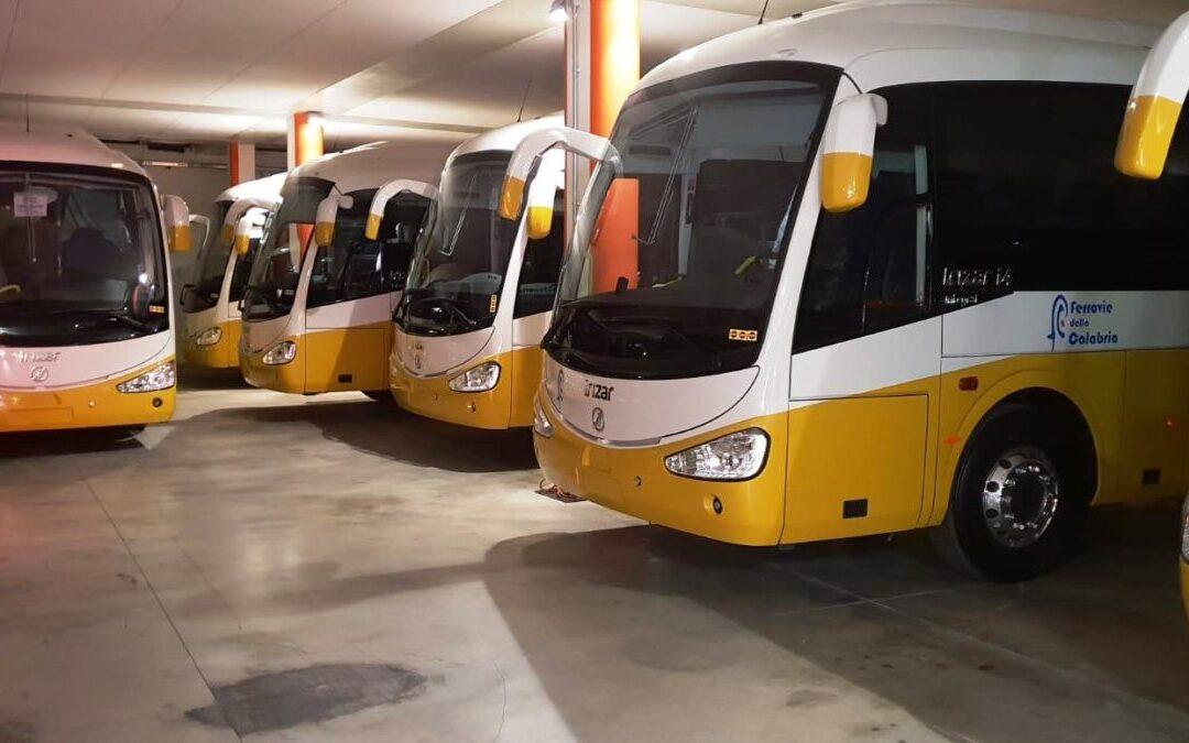 Alcuni autobus