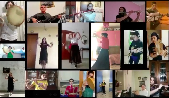 Una scuola del napoletano, per la prima volta, realizza un video con tammurriata a distanza canto e ballo