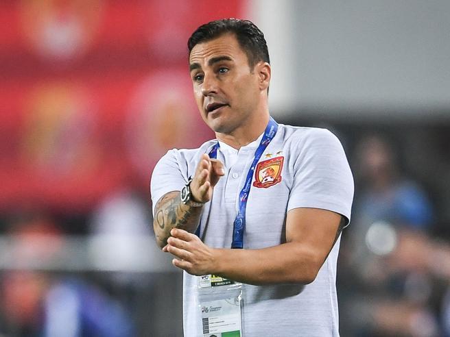 """Calcio: Cannavaro, """"mi piacerebbe allenare il Napoli"""""""