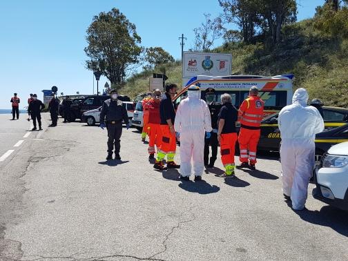 Coronavirus, impennata di casi positivi in Calabria: l'arrivo dei migranti fa scattare l'allarme