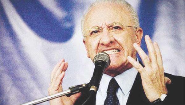 """L'attacco del presidente De Luca """"Il governo ci ha rubato 240 mln"""""""
