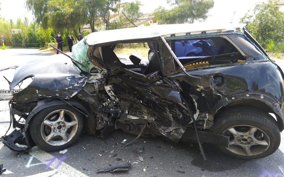 VIDEO – Diamante, due morti in un incidente stradale sulla SS18