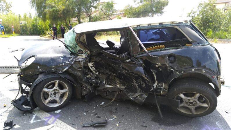 VIDEO - Diamante, due morti in un incidente stradale sulla SS18