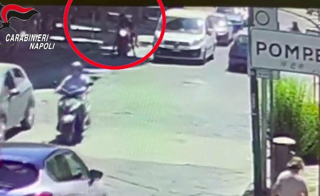 Rapina rolex ad un turista, arrestato 37enne, si cerca il complice