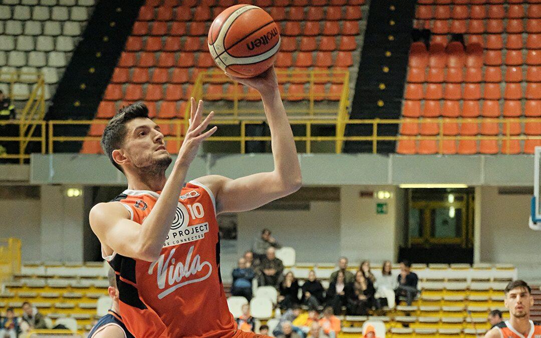 Basket: la Viola giocherà in Serie B, acquisito il titolo sportivo della Gilbertina