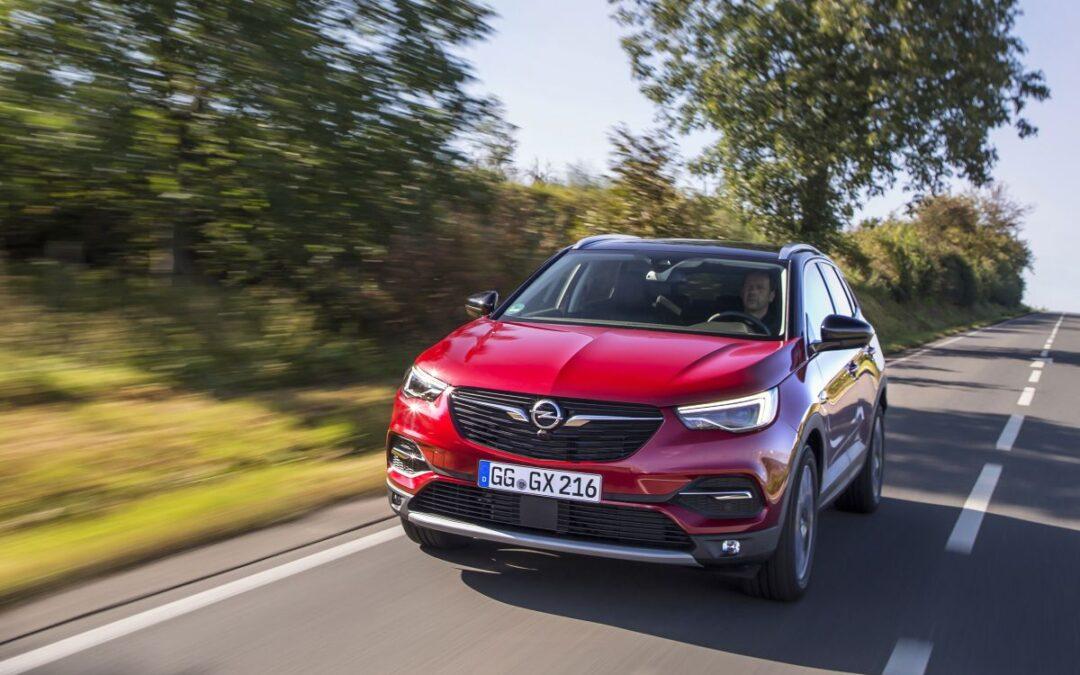 L'estate è l'occasione per andare in vacanza con Opel Grandland X