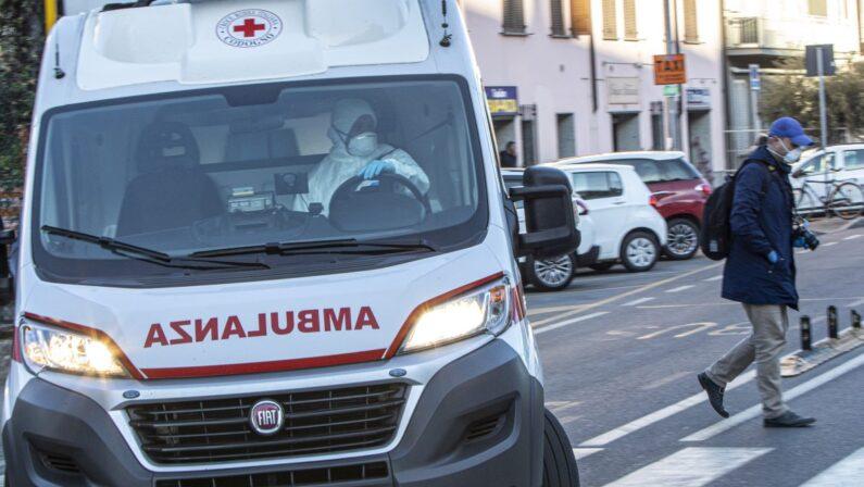 Coronavirus: 251 nuovi casi in Italia, ancora in calo i ricoveri