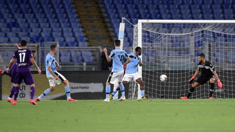 Ribery illude la Fiorentina, ma la Lazio vince 2-1
