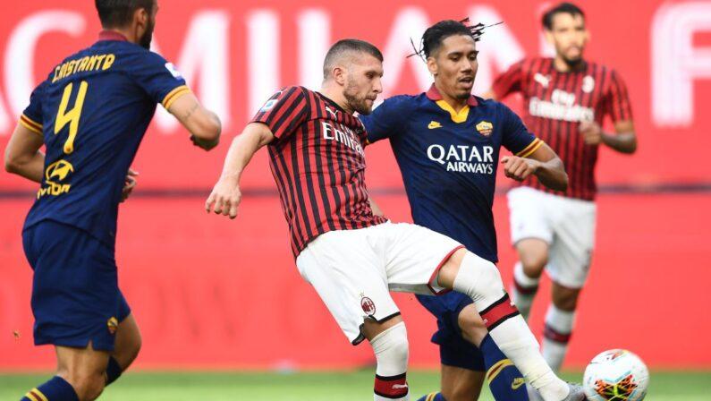 Serie A, il Milan batte 2-0 la Roma e corre verso l'Europa