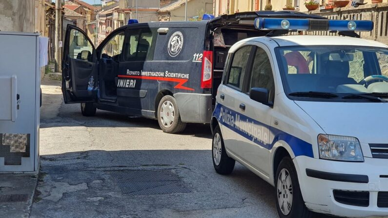 Omicidio Battaglia, i carabinieri del Ris in azione sul luogo dell'agguato