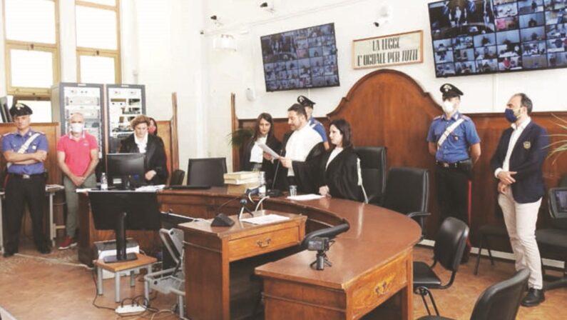 Processo Mandamento Ionico, le accuse reggono a metà: mille anni di condanne ma 67 assoluzioni