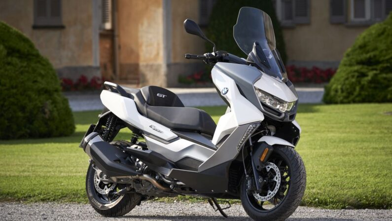 BMW Motorrad Italia lancia le Online Edition C400 X e C400 GT