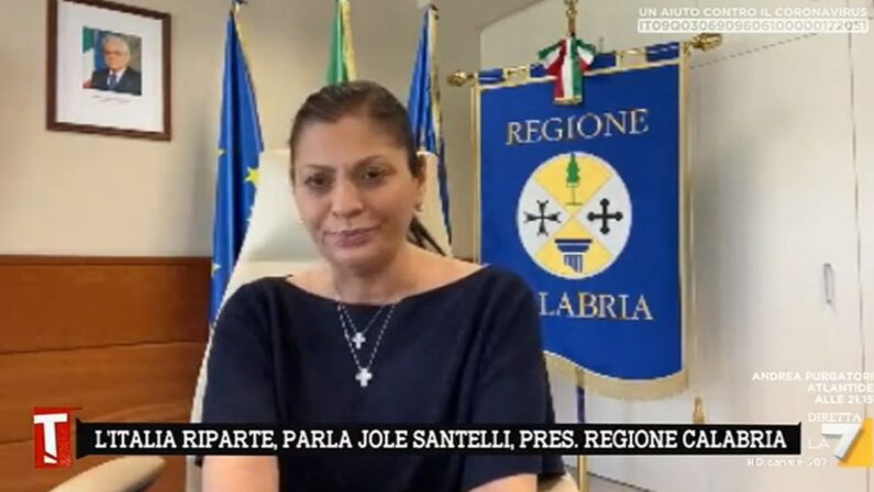 Fase 3 in Calabria, Santelliaggiunge: «Nelle stazioni rileveremo la temperatura»
