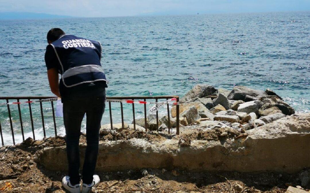 Lavori abusivi in area protetta, scatta il sequestro di una parte di lungomare sulla costa vibonese