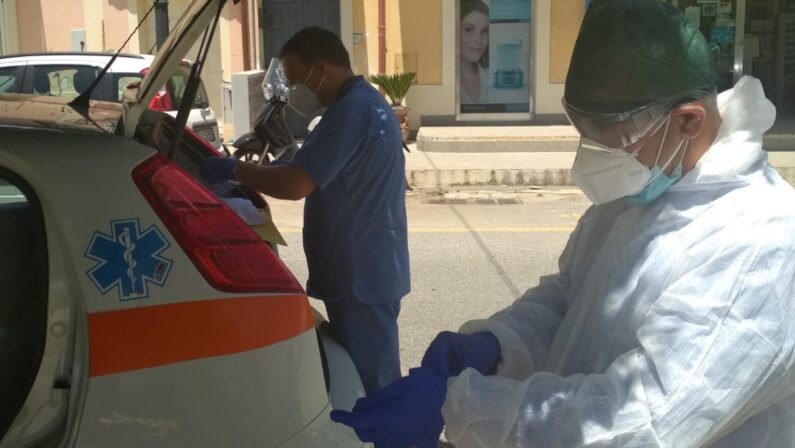 Coronavirus, allarme a Nicotera, dove vive il docente risultato positivo, l'appello del sindaco