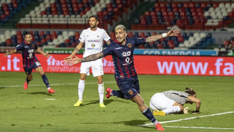 Serie B: il Cosenza raggiunge sul 2-2 il Trapani nel recupero, i playout restano a 2 punti