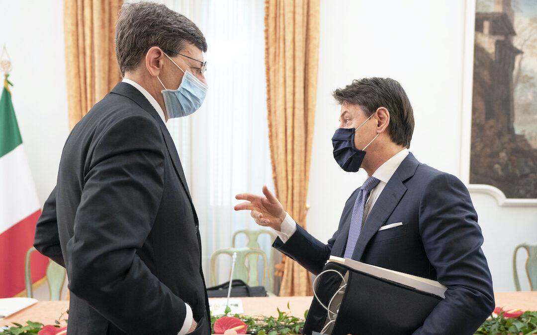 Vittorio Colao e Giuseppe Conte (Foto Filippo Attili/LaPresse)