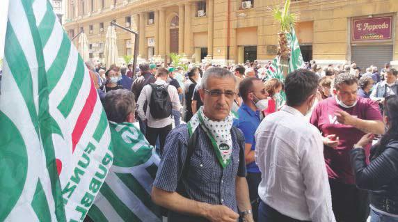 Infermieri in corteo a Napoli