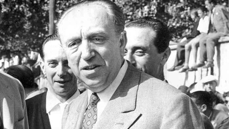 Lezione ai giovani per la ricostruzione dell'Italia I grandi uomini di cui oggi ha bisogno il Paese: Ezio Vanoni