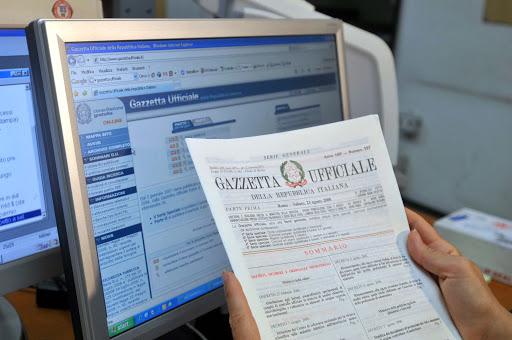 L'Italia affonda appesa ai decreti attuativi. Il Governo-lumaca ne ha varato solo il 19%