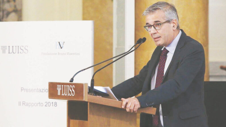 Luciano Monti (Luiss): «Un piano Marshall per i giovani del Sud»
