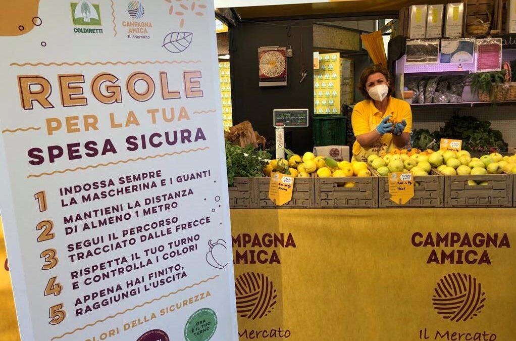 A Fuorigrotta il più grande mercato contadino del Sud Italia