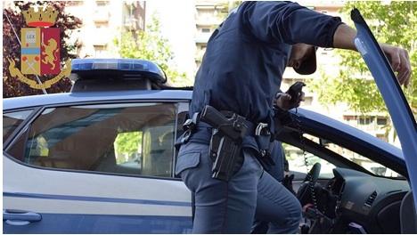 Stalker reggino arrestato dalla polizia a Salerno, perseguitava la ex compagna