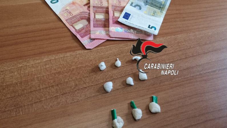 Scampia: Carabinieri arrestano pusher 32enne. Nascondeva le dosi in un cortile di Via Oreste
