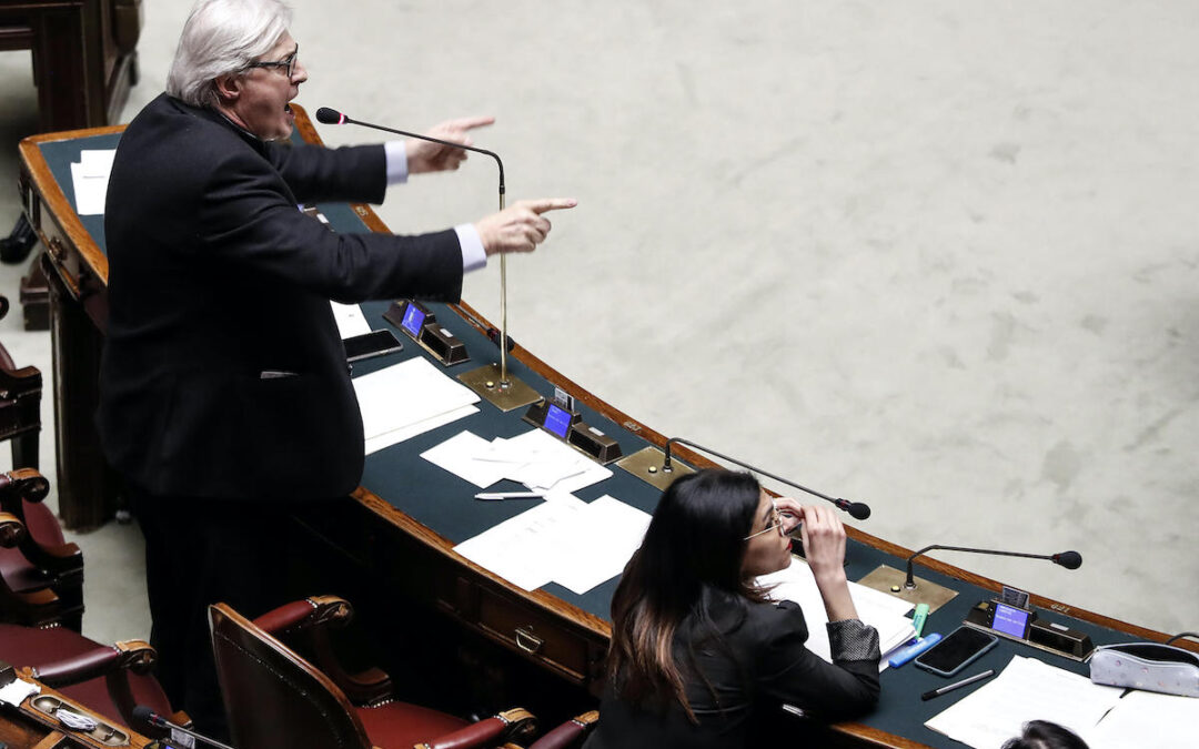 Vittorio Sgarbi durante la querelle alla Camera