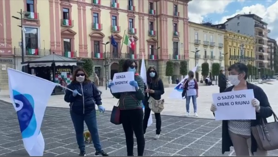 """Vassiliadis (Ugl): """"Sit-in in piazza Libertà per tutelare i lavoratori ancora in attesa della Cig. Subito interventi concreti per le famiglie"""""""