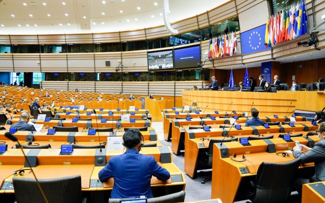 Sanità, il Parlamento Ue chiede un ruolo più forte per l'Europa