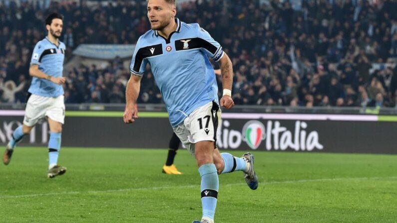 Serie A, la Lazio batte 2-1 il Cagliari e si assicura la Champions