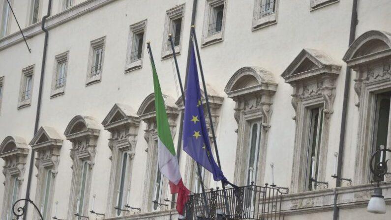Parità di genere, via libera dal Cdm a doppia preferenza in Puglia