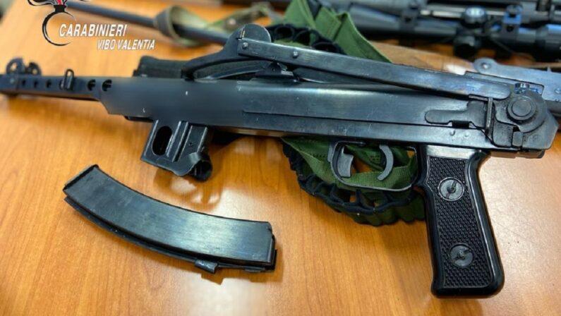 Vibo Valentia, marito e moglie in carcere: i carabinieri hanno scoperto l'arsenale che custodivano in casa