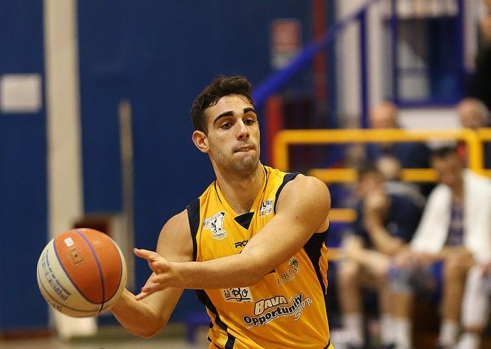 La Virtus Basket Pozzuoli chiude l'accordo con l'ala-guardia Massimiliano Bordi