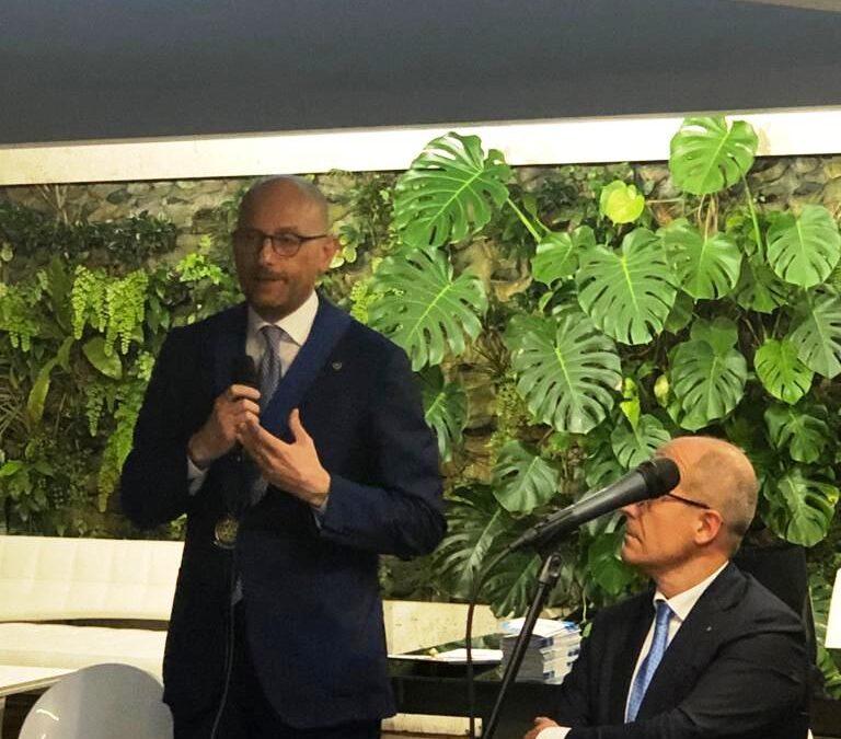 """Gianluigi Di Ronza è il nuovo presidente del Rotary Club  """"Porte di Napoli"""""""