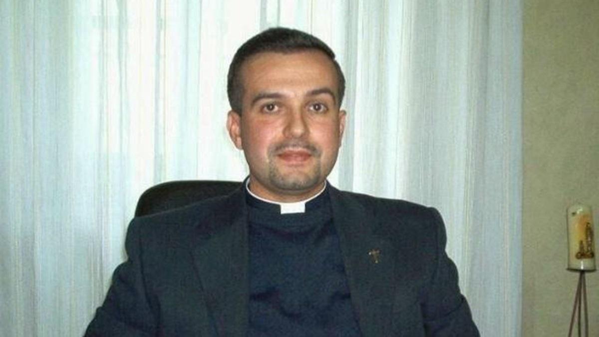 Belcastro, don Roberto Mastro ritenuto responsabile di abusi su minori e  condannato a 13 anni e mezzo - Il Quotidiano del Sud