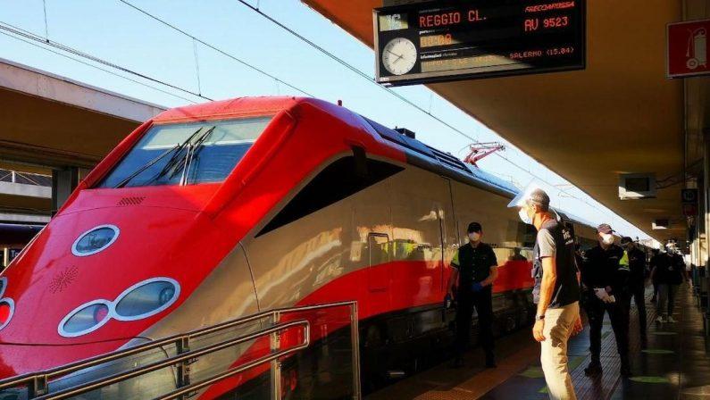 Via alle partenze per il sud: ma a Torino il Frecciarossa per Reggio Calabria è semivuoto