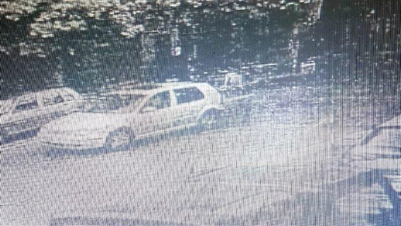 Sequestro e omicidio di Maria Chindamo, spunta una Golf a presidiare la zona