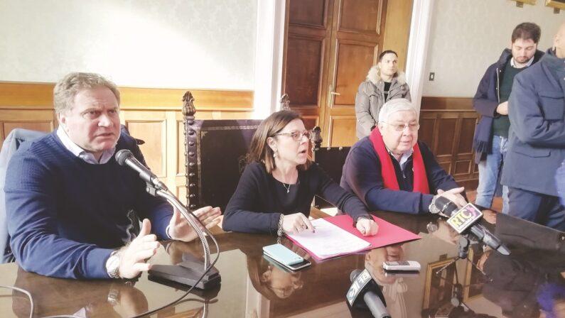 Pd, la Calabria diventa un detonatore tra commissari ed equilibri interni