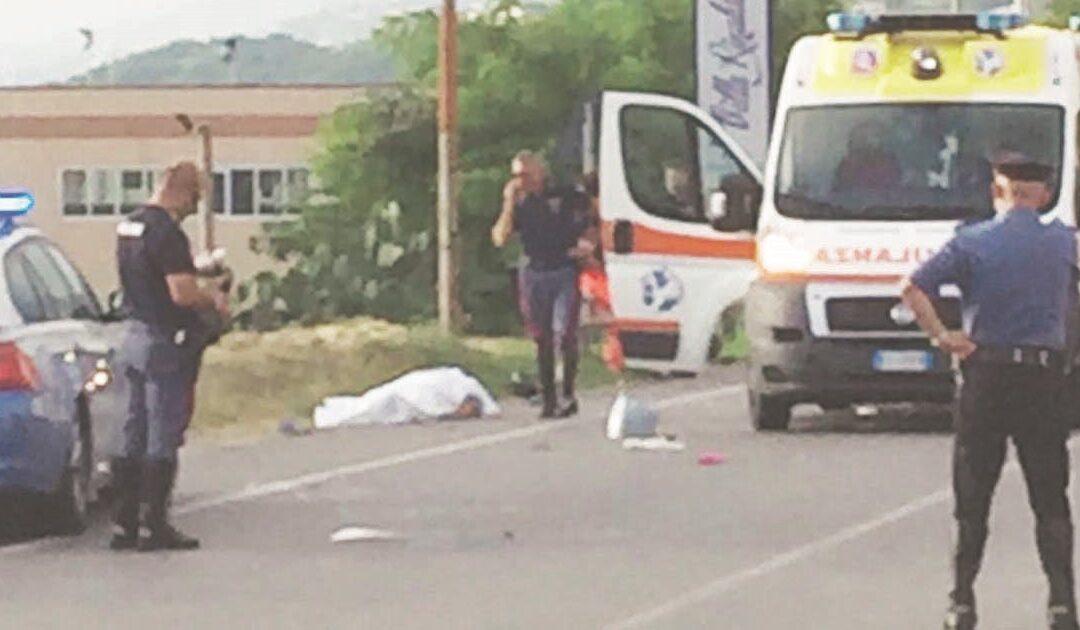 Incidente stradale a San Lucido, scontro tra un'auto e una moto: muore un 69enne